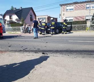 Trzy auta zderzyły się w Górkach. Droga wojewódzka zablokowana