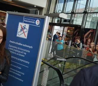 PKP zapewnia: Naprawa schodów na dworcu ruszy w lipcu