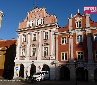 Wałbrzych: Przebudowano Dom pod Kotwicą. To tutaj będzie centrum ITS (ZDJĘCIA)