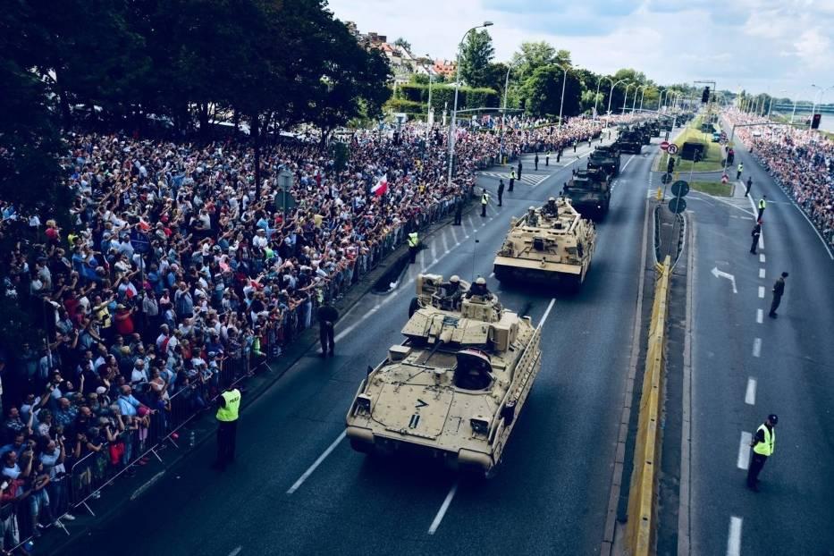 Defilada z okazji święta Wojska Polskiego w 2018 roku w Warszawie