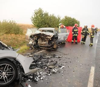 Tragiczny wypadek pod Osieczną. Nie żyje dziecko. Czworo rannych