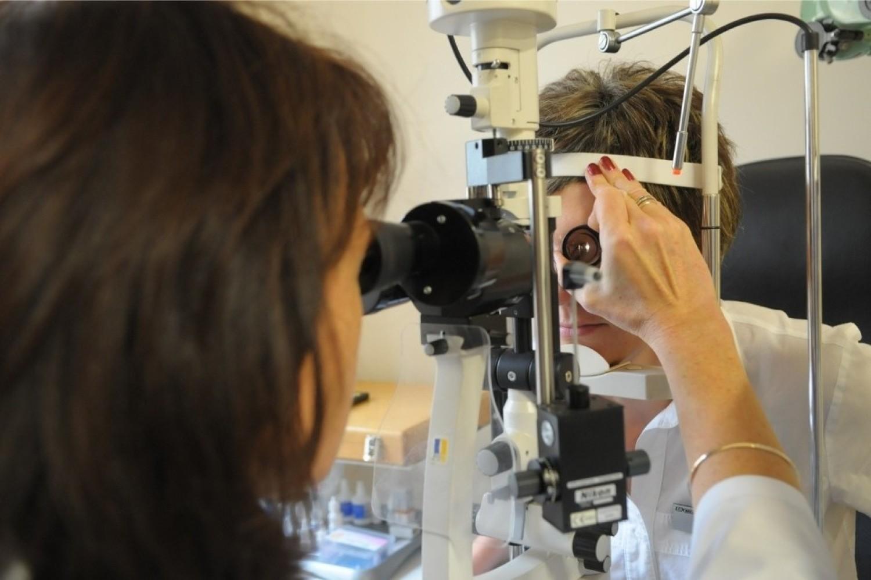 Problemy ze wzrokiem dotyczą wielu osób i okulista jest jednym z najczęściej odwiedzanych lekarzy specjalistów