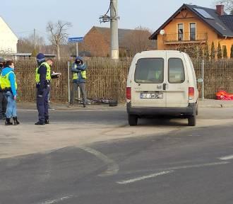 Wypadek w Żarach. W Kunicach auto potrąciło rowerzystkę