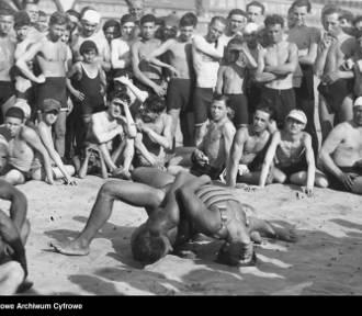 Wakacje na archiwalnych fotografiach: wrócą dawne wczasy?