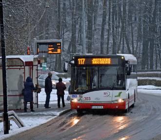 MZK Jastrzębie: atak zimy spowodował opóźnienia autobusów. Pasażerowie wściekli, MZK się tłumaczy