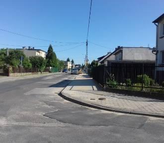 Nowe chodniki na Wojciechowskiego i Jastrzębiej
