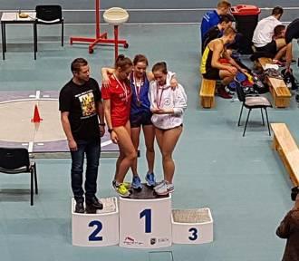 Kinga Grabowska zdobyła brązowy  medal Halowych Mistrzostw Polski U20 w biegu na 1500 m [WIDEO]
