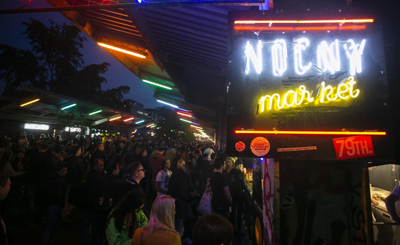 Nocny Market, Warszawa. Sezon 2019 wystartował i przyciągnął tłumy! [ZDJĘCIA]