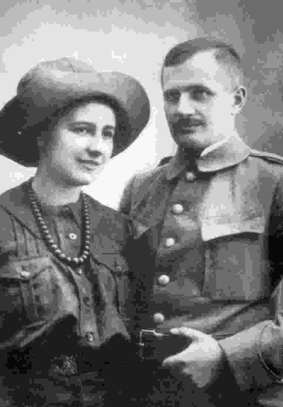 Olga i Andrzej Małkowscy, zdjęcie ślubne