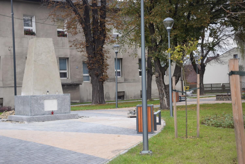 Nowy pomnik Powstańców Śląskch w Bieruniu