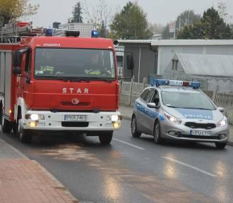 Strażacy usuwali plamę oleju [ZDJĘCIA]