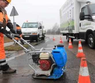 Wiosenne remonty ulic we Wrocławiu. Gdzie ZDiUM prowadzi naprawy nawierzchni [LISTA]