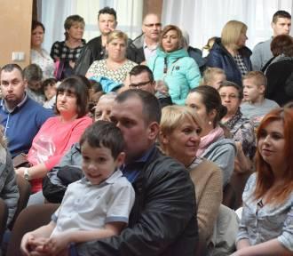 Dąbrówka Wielkopolska.  Koncert charytatywny dla chorego trzylatka