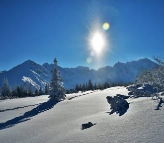 Tatry jak z pocztówki. W górach mamy bajeczną zimę. Niesamowite zdjęcia
