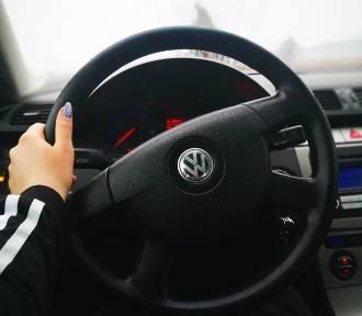 Czy zdałbyś egzamin na prawo jazdy? Prawdziwe pytania! [QUIZ - PAŹDZIERNIK 2018]