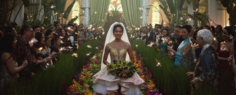 """Wokół ślubnych przygotowań trzech bogatych chińskich rodzin toczy się fabuła komedii """"Bajecznie bogaci Azjaci"""", będąca adaptacją bestsellerowej powieści Kevina Kwana"""