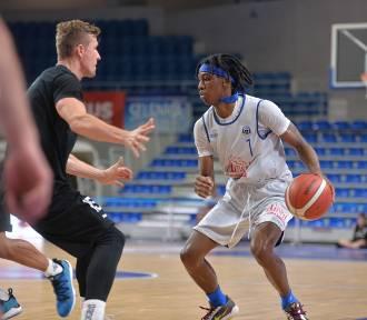 Włocławek. Kasztelan Basketball Cup 2020. Anwil Włocławek - King Szczecin 90:65 [zdjęcia, wideo]