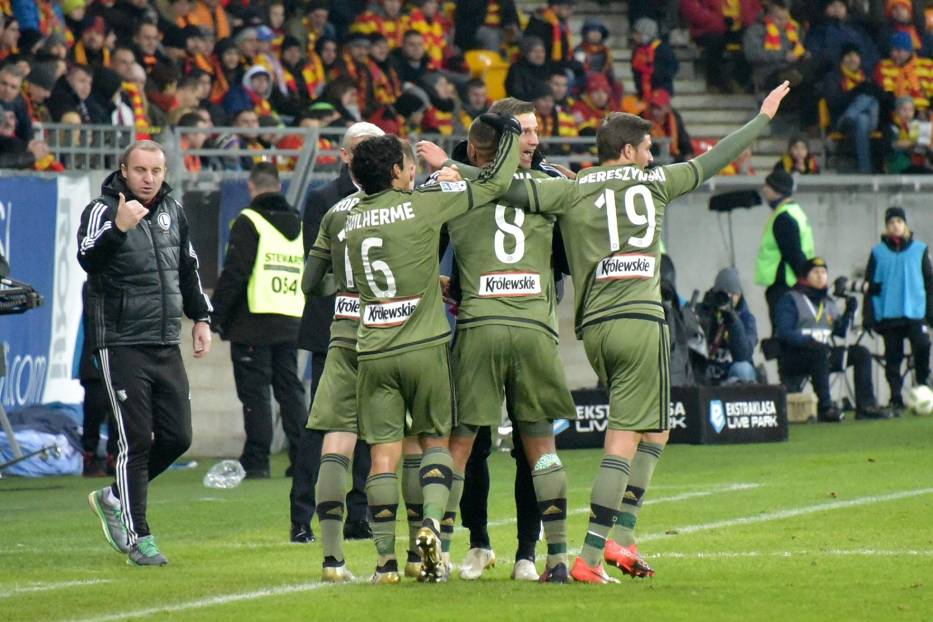 Legia rozgromiła lidera! Wojskowi wbili cztery gole Jagiellonii [ZDJĘCIA]