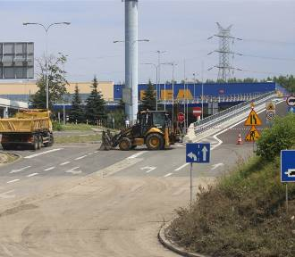 Bilans ulewy w Katowicach: zamknięta droga i wodny plac zabaw ZDJĘCIA