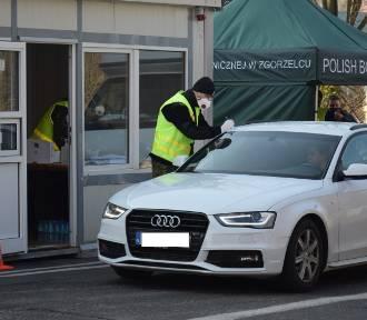 Przejście w Radomierzycach otwarte przez dwa dni