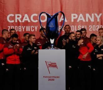 Czy Cracovia zagra z Legią? Koronawirus w warszawskim klubie