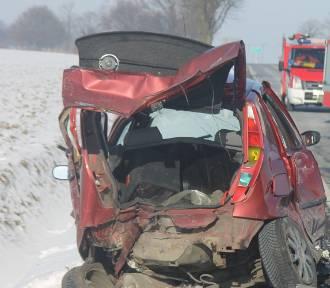 AKTUALIZACJA: Wypadek 6 aut na DK 15. 3 osoby trafiły do szpitala [ZDJĘCIA]