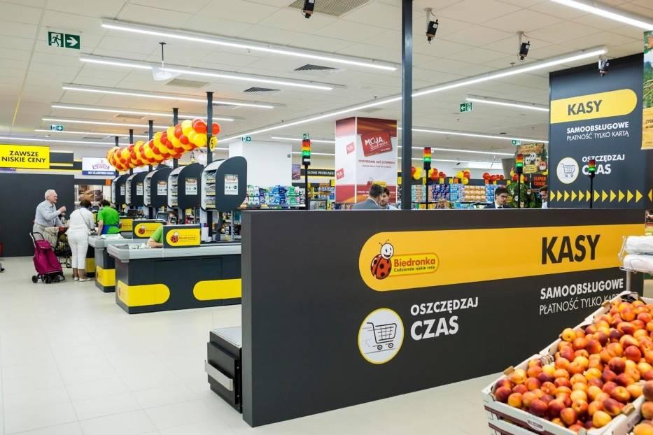 ZAROBKI W BIEDRONCEOsoby na stanowisku kasjer-sprzedawca w Biedronce otrzymują od 3,2 tys