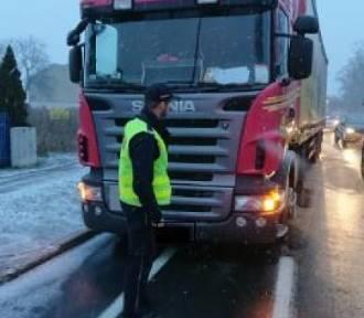 Policja w Kaliszu zatrzymała kompletnie pijanego kierowcę ciężarówki