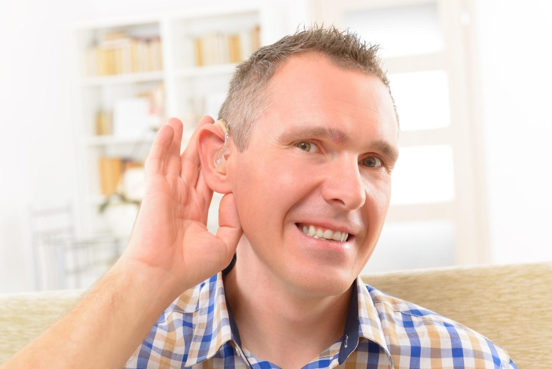 Uszkodzenia słuchu to stosunkowo często konsekwencja zakażenia koronawirusem SARS-CoV-2