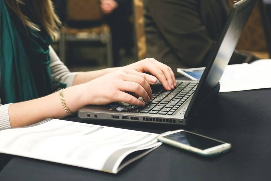 Ministerstwo Cyfryzacji potwierdza, że awaria dotyczy największych systemów informatycznych w Polsce