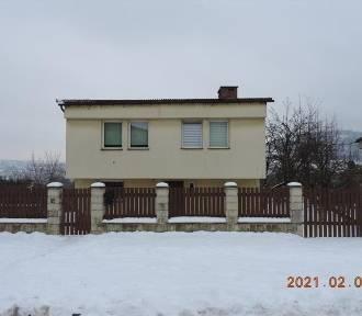 LICYTACJE. Oto mieszkania i domy na sprzedaż. Zobacz nieruchomości z Dolnego Śląska