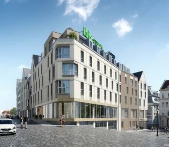 Wizualizacje nowego hotelu na Podzamczu. Jest szansa na inwestycję?