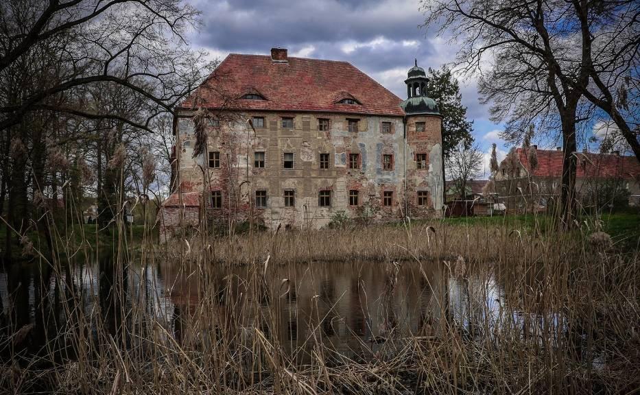 Późniejszym, znanym z nazwiska właścicielem wsi była rodzina von Ebersbach