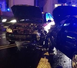 Pijany 75-latek spowodował kolizję drogową na ulicy Górnośląskiej w Kaliszu [FOTO]