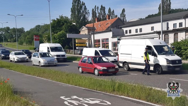 """Funkcjonariusze Wydziału Ruchu Drogowego Komendy Miejskiej Policji w Wałbrzychu zorganizowali w poniedziałek (10 czerwca) działania pod kryptonimem """"Trzeźwy poranek"""""""