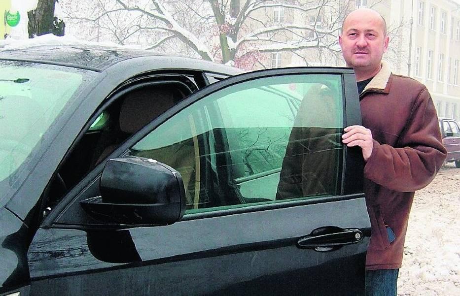 - O ten, sprowadzony ze Stanów Zjednoczonych  samochód była cała awantura  - mówi Janusz Piechocki