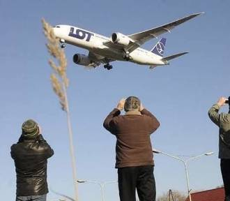 Odmrażanie lotniska. 1 czerwca odlecą pierwsze boeingi