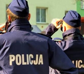 Policjant za pieniądze miał anulować kwarantannę