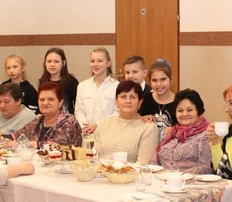 Integracyjne  spotkanie z okazji Dnia Babci i Dziadka w Gołębicach