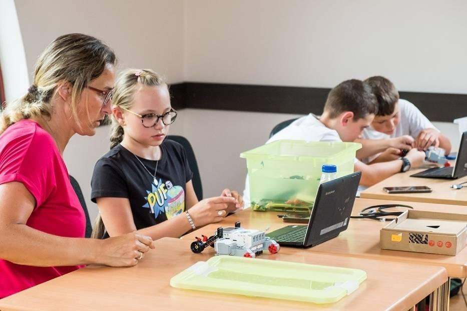 W Buskim Samorządowym Centrum Kultury dzieci tworzyły... roboty! [ZDJĘCIA]