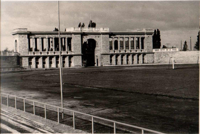 GKS 1957