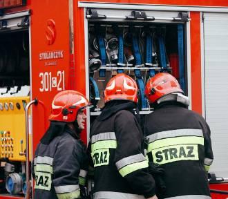 Pożar koparki w  Toruniu! Zablokowana jezdnia w kierunku miasta