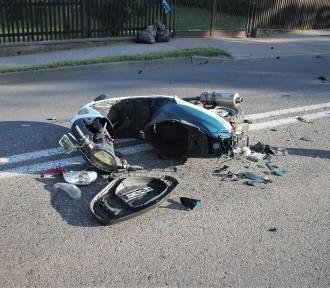 Motorowerzystka uderzyła w dostawczego forda [ZDJĘCIA]