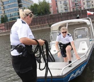 """""""Pierwszy błąd Polaka, to alkohol nad wodą"""". Jak wygląda praca policji wodnej?"""