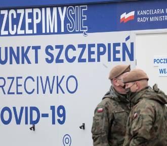 Dr W. Baryła: Polacy zostali skołowani częstymi zmianami strategii walki z COVID-19