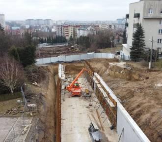 Budowa linii na północy Krakowa: powstaje tramwajowa wanna [ZDJĘCIA]