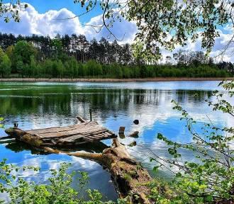 Jeziora Ośniańskie wyglądają jak nanizane na nitkę