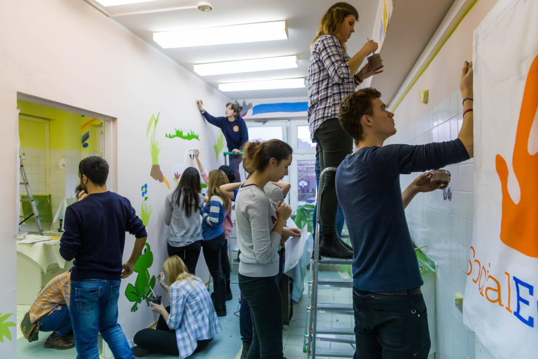 UDSK. Studenci Erasmusa pomalowali ściany