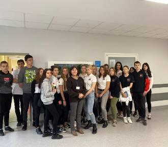Jastrzębie-Zdrój: uczniowie z Korfantego na lekcjach w jastrzębskim szpitalu ZOBACZCIE ZDJĘCIA