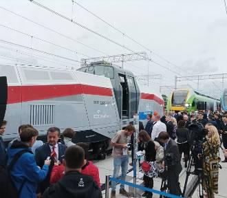 Pesa pokazała pierwszą w Polsce lokomotywę wodorową. Oto Gama! [wideo i zdjęcia]